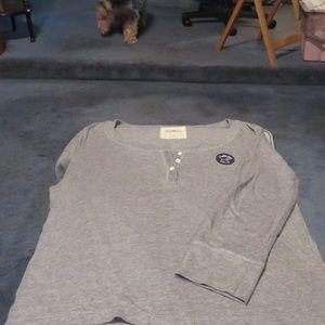 Hollister woman's Gray 3/4 sleeve tee shirt
